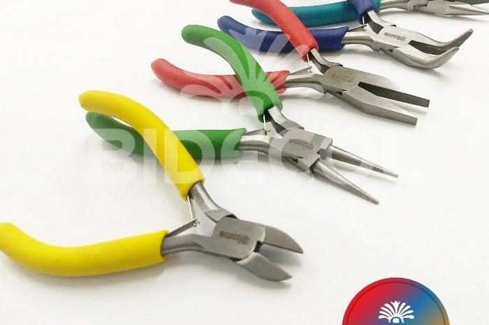 Herramientas Stone / venta de herramientas bisutería / pinzas, telares, tablas de diseño, kumihimo, kits bisutería / whatsapp (+57) 3054294405.