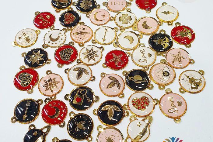 🌞 Dijes para pulseras en oro Golfi 🌟